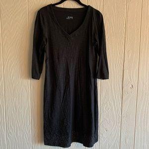 Columbia 3/4 Sleeves V Neck Shirt Dress